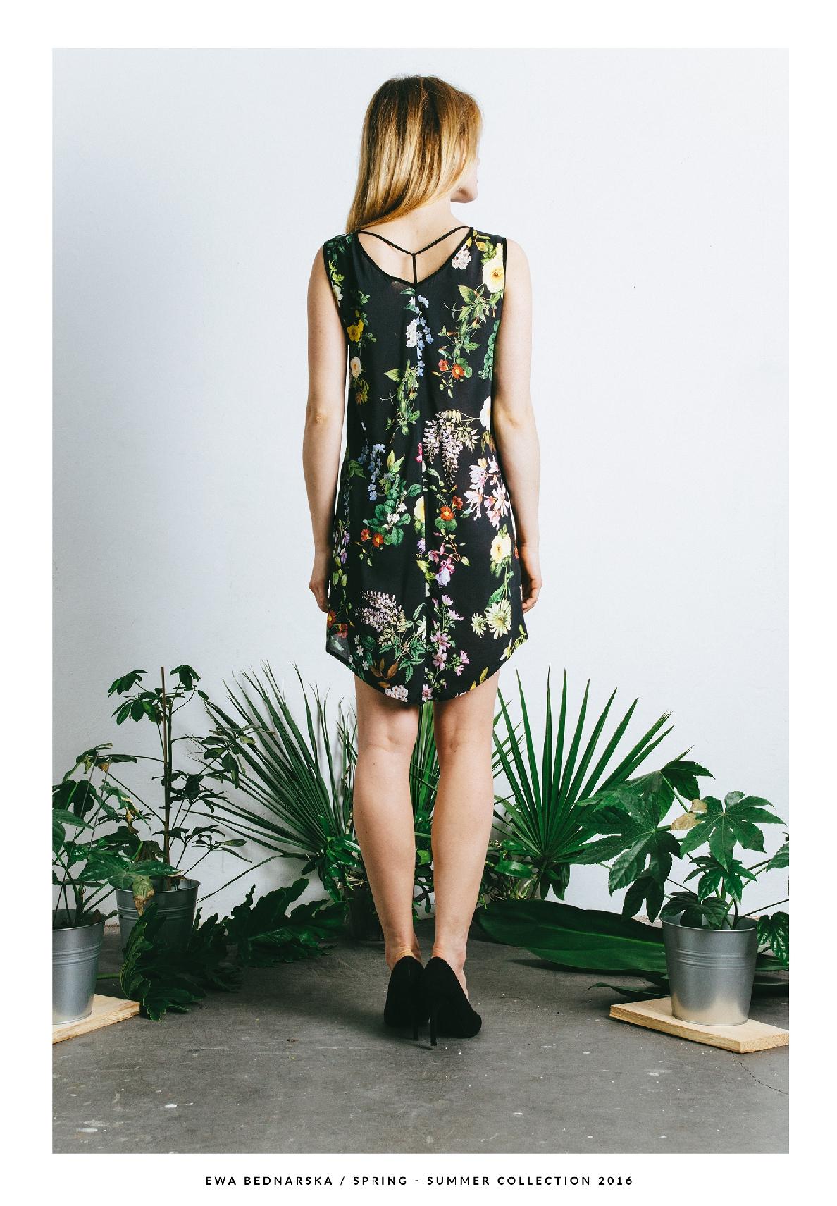 tunika kwiatowa czarna
