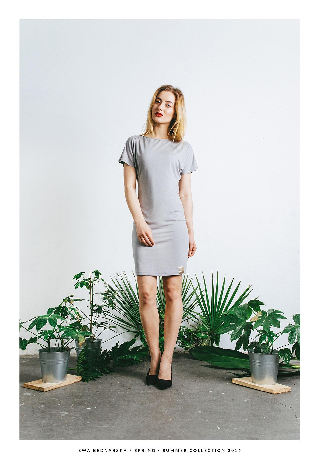 sukienka Y szara