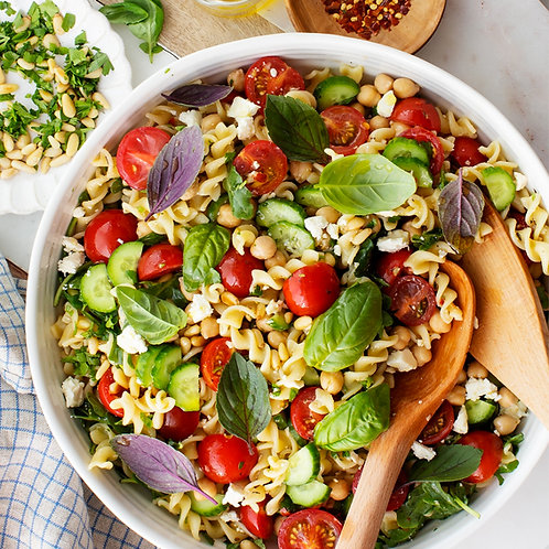 PASTA SALAD WITH TOMATOES, MANGO & PINE NUTS  - FOR 4 PEOPLE