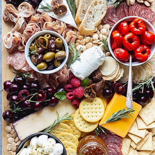 CHARCUTERIE & CHEESE BOARD - FOR 6 PEOPLE