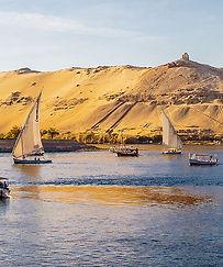 Egypte le Nil-felouques.jpg