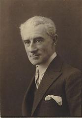 Ravel photo 1925 BnF .jpg