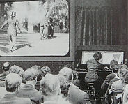 Des son invention, le cinéma convoque la musique pour soutenir l'image. Conférence musicale par Marie-Aude Fourrier et son Parcours Musique