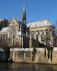 Notre-Dame chevet 2008.JPG
