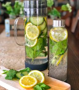Cucumber & Chia Water