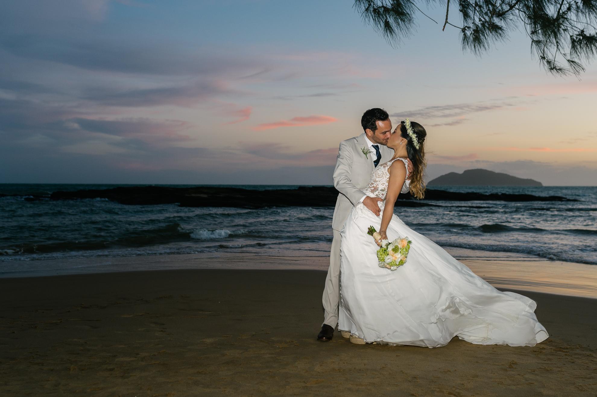 Pousada Praia da Tartaruga - Priscila & Guilherme (84)