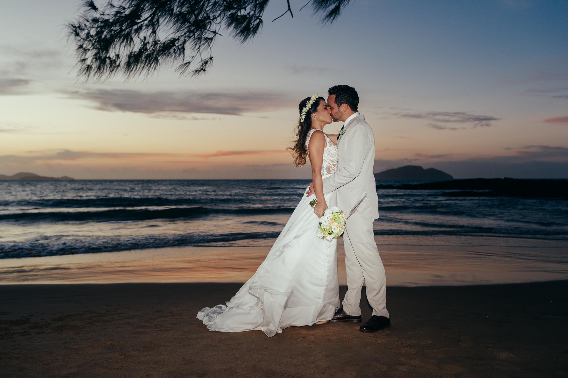 Pousada Praia da Tartaruga - Priscila & Guilherme (87)