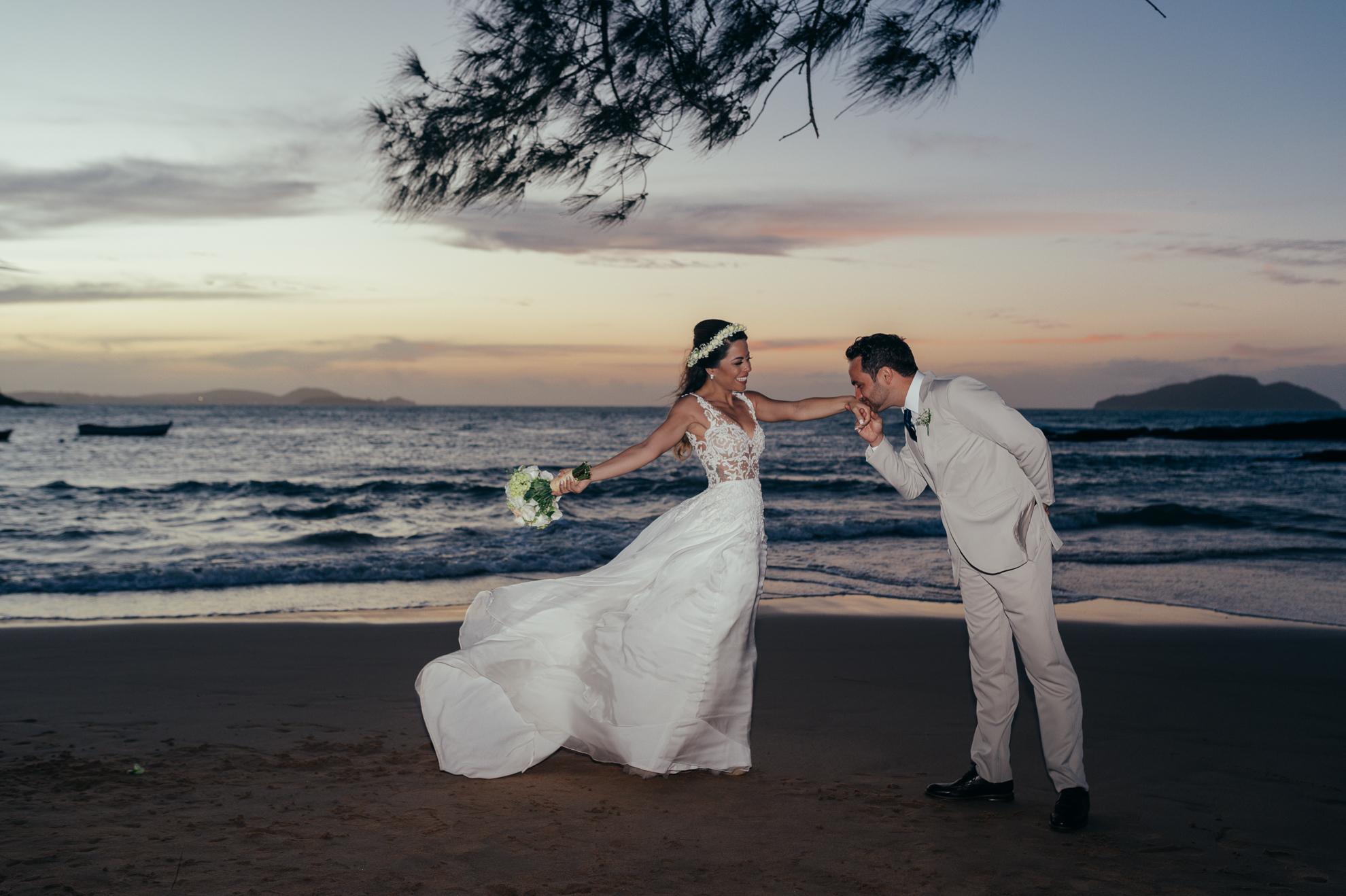 Pousada Praia da Tartaruga - Priscila & Guilherme (85)