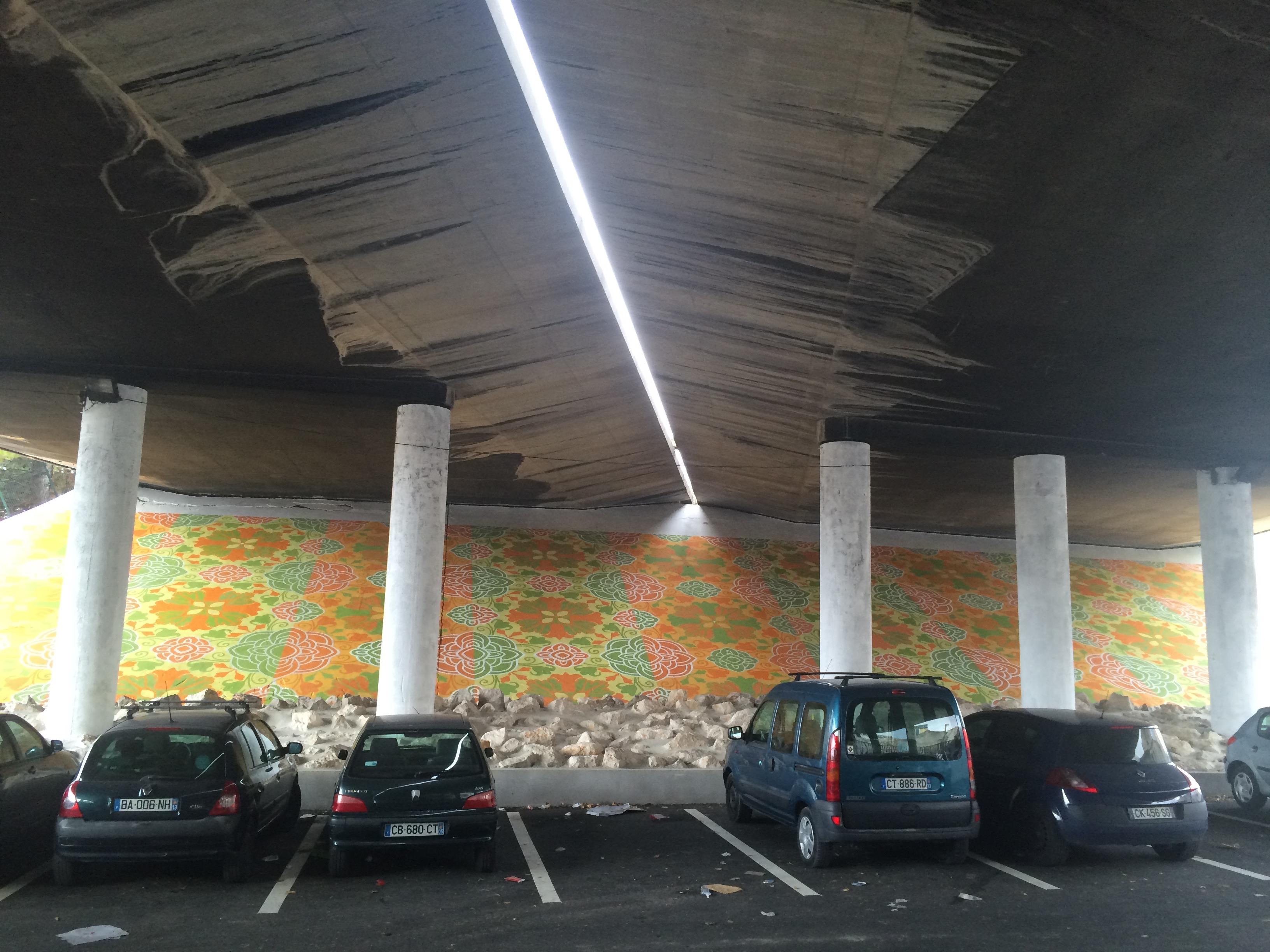 fresque en peinture rue Auchan