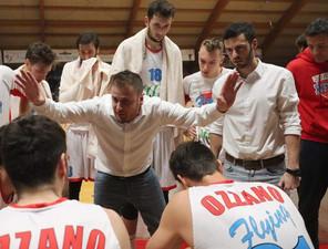 Coach Grandi resta ad Ozzano. Confermato anche il vice Pizzi