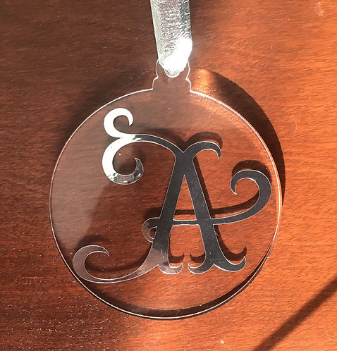 Personalized, elegant ornament