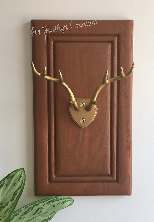 Jewelry holder/hanger branch