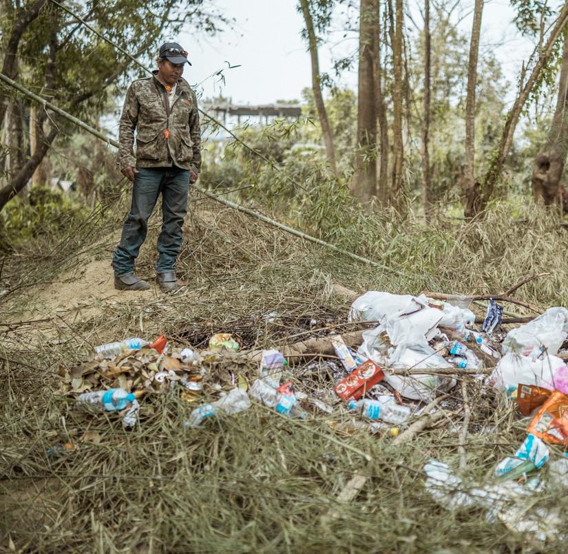 Clean City Simsim with trash.jpg