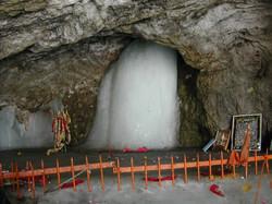 アマルナート洞窟寺院