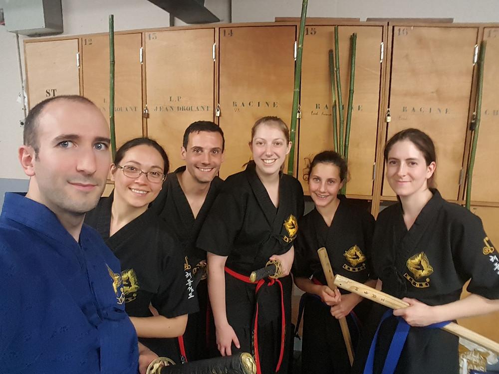 Equipe démonstration Haidong Gumdo pour le festival des arts martiaux du 17ème arrondissement de Paris 17