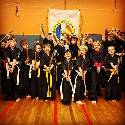 cours enfants de haidong gumdo sabre coréen