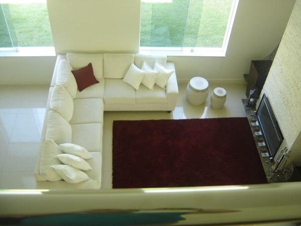 sala de estar com pe direito duplo.jpg