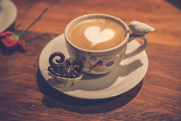 Precisa de legenda_ #cappuccino #lattear