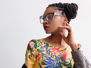 6 Fabulous Eyewear Styling Tips for Women 35 and Over