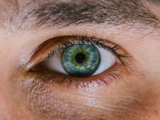 Early Warning Signs of Serious Eye Health Issues