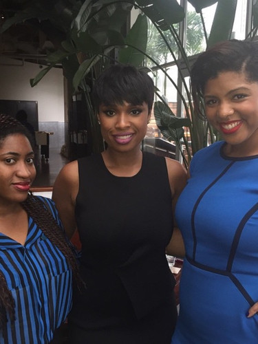 Catching Up with Jennifer Hudson in NYC! (2015)