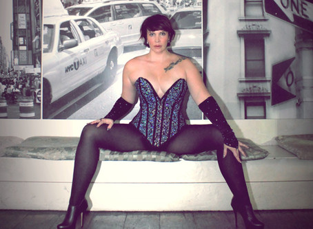 Interview with the Chameleon of Burlesque - Silla Black