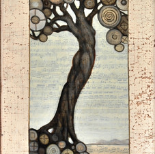 Monochromatic Lady of the Tree