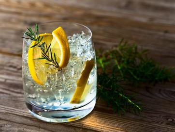 Джин – напиток приключений и хорошего настроения
