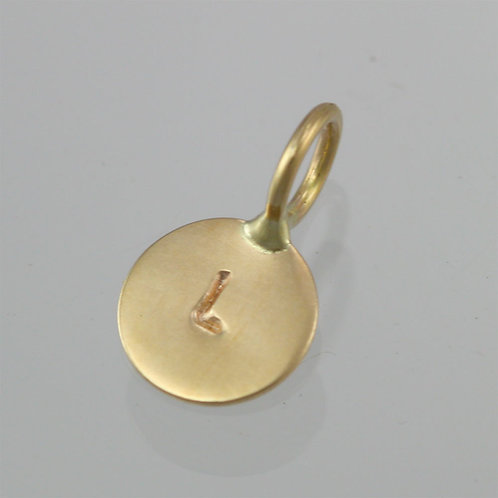 Stamped Initial Disc Pendant in 14ky Gold