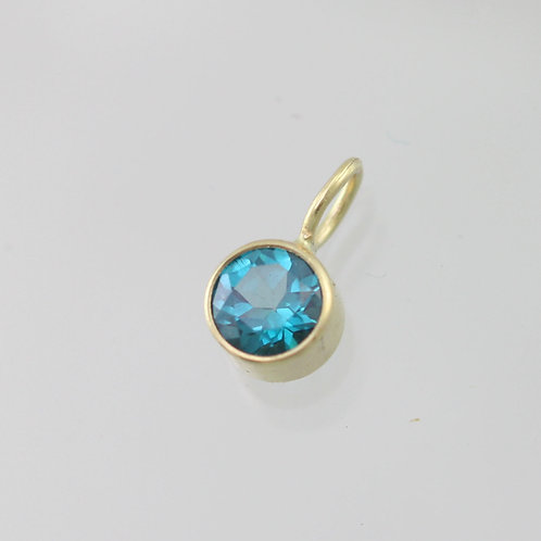 Green Topaz Drop Pendant 5mm in 14ky Gold