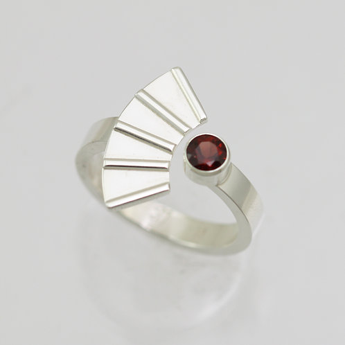 Striped Split Ring with Birthstone in Sterling Silver
