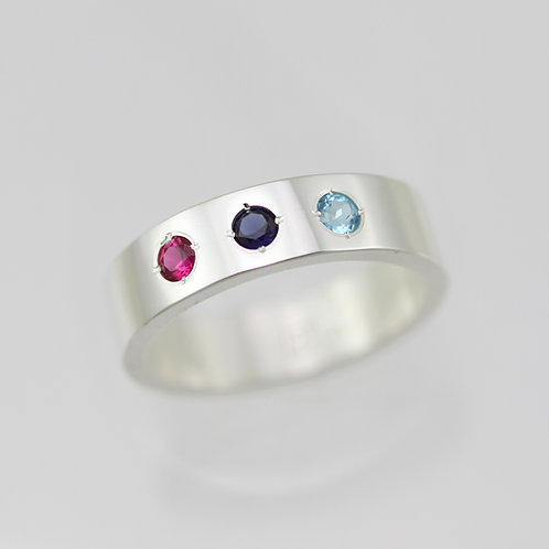3 Stone Mother's Ring 6mm in Sterling Silver