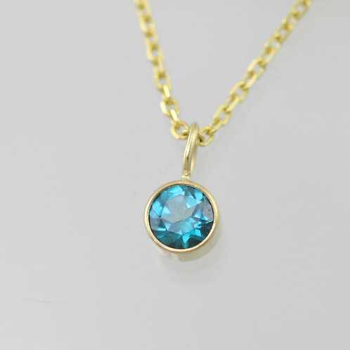 Green Topaz Drop Necklace 5mm in 14ky Gold