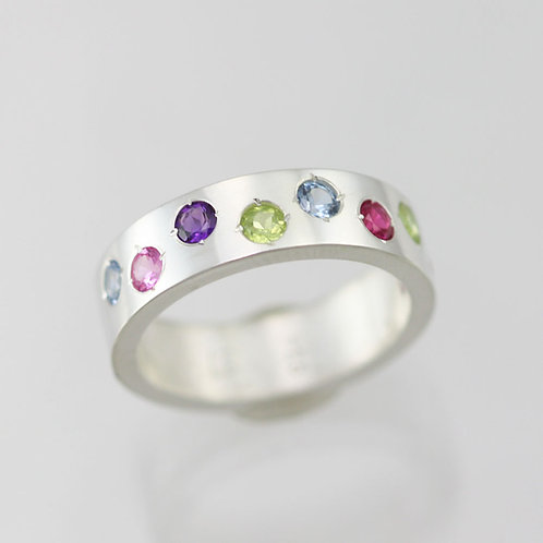 8 Stone Mother's Ring 6mm in Sterling Silver