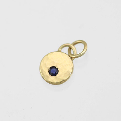 Hammered Chunk Pendant with Sapphire in 14ky Gold xs