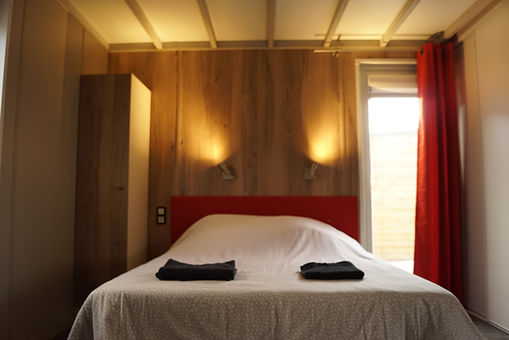 chambre double chalet.JPG
