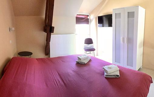 chambre double enfant animation club vacance résidence maison famille familal sécurité ferme du chateau monampteuil laon soissons hebergement chambre