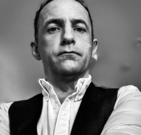 Simon Ximenez - Company Director of 1 Extra Word