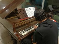 CLASES EN PIANOS ACÚSTICOS
