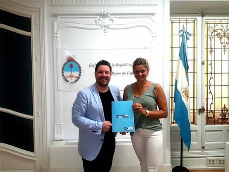 Adrián Caballero nuevamente Embajador Turístico de MDP ante la Embajada Argentina en España.