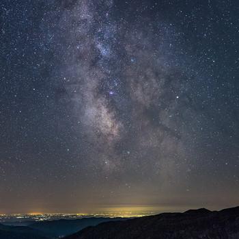 spanie pod hviezdami