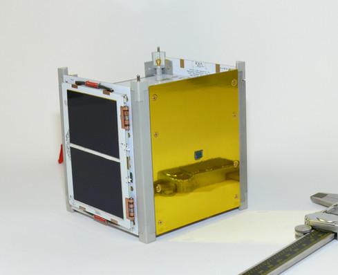 EXA KRATOS 1B with folded solar panels