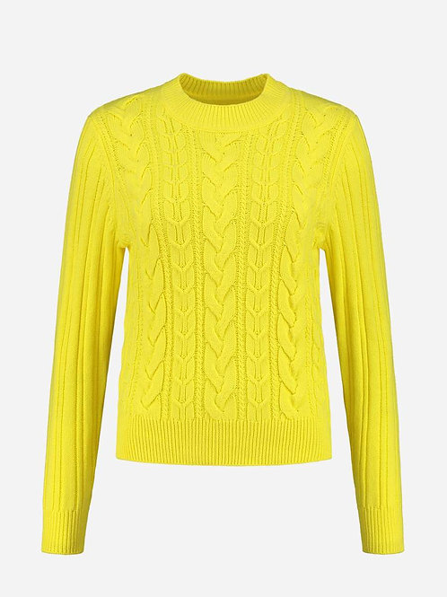 Yellow Nikkie knitwear