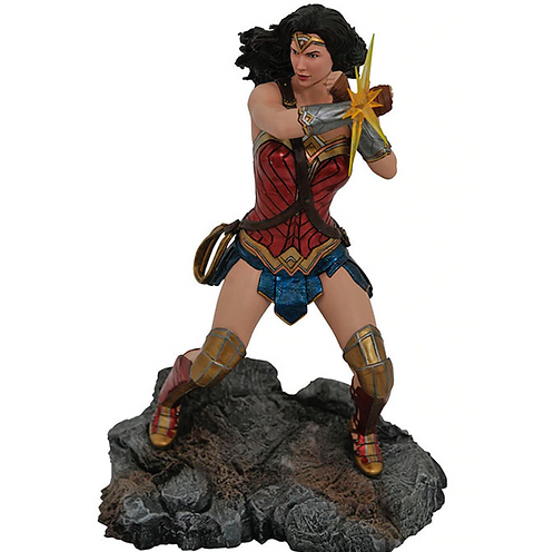 Justice League Movie: Wonder Woman 2 Gallery PVC Diorama