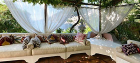 villa-tre-ville-lounge-1024x460.jpg