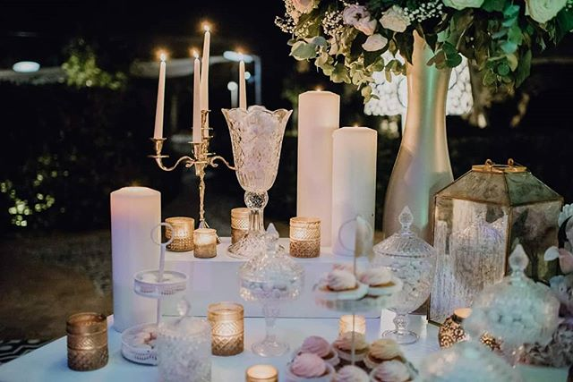 Details 🎆🎆 _savoybeachhotel__eventi_white__mr_bridal_elle _voguesposait _whitesposa #weddingdecor