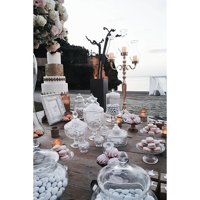 Dessert table to say _Arrivederci_ !! #wedding #weddingtime #amalficoastwedding #weddinginsorrento #