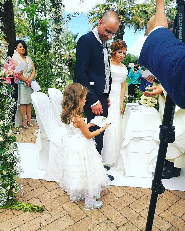 #weddingday #eccoci #love #weddingdress #weddinginitaly #weddingplanner #savoybeachhotel _savoybeach