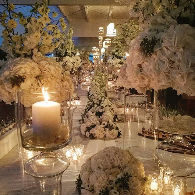 The buffet #weddingday #weddingtable #white #centerpiece #weddingflowers #savoybeachhotel _savoybeac