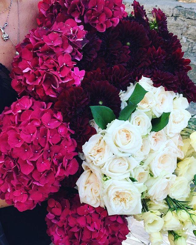 #palette _#weddingphoto #weddingday #weddingdress #weddingdetails #weddinginpaestum #weddinginitaly